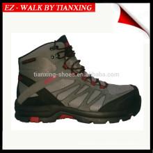 Zapatos de caminante de moda con punta de material compuesto