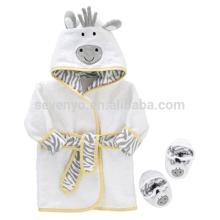 Милая корова с капюшоном ребенок полотенце комплект халат пинетки,100% хлопок,подходит для новорожденных и младенцев 0 - 9 месяцев,держать ребенка теплым и сухим