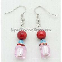 Cristal rose avec boucles d'oreille en perles de corail rouge naturel