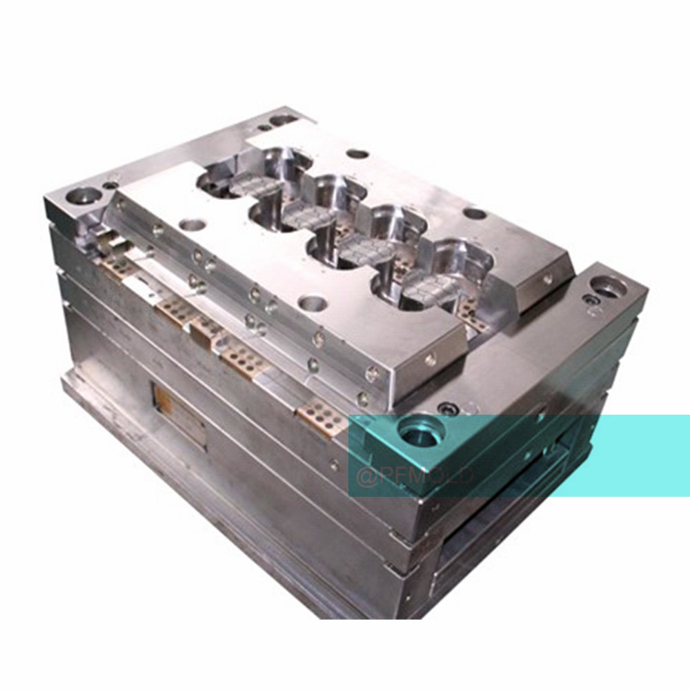 Industrial plastic injection mold