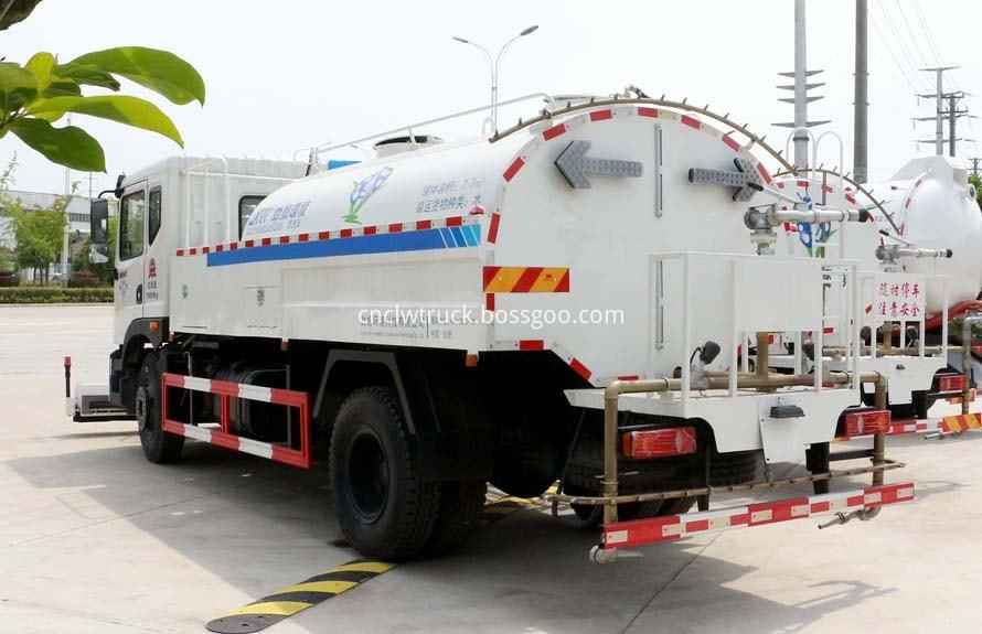 high pressure water jetting truck 2