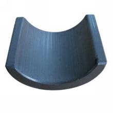 Tile-shape ferrite magnet