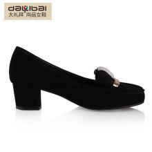 Elegantes sapatos de salto elegante elegantes para mulheres