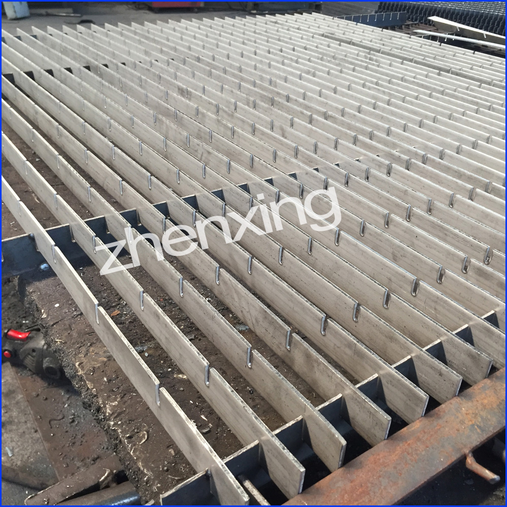 Stainless Locked Steel Grating
