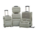 Conjunto de equipaje de viaje de moda suave dentro de la carretilla