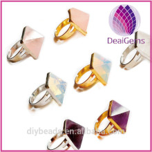 Wholesale Crystal rings with natural Crystal pyramids ring hot sale in Europe and America