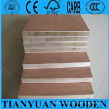 18mm Laminé Falcata Core Furniture Panneaux lattés - panneaux blocs