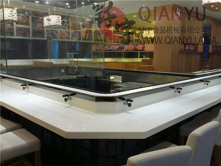 Conveyor Sushi In Restaurant Tranporting
