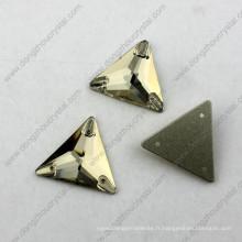 Vente chaude en gros Triangle arrière plat coudre sur les perles pour les accessoires de vêtement