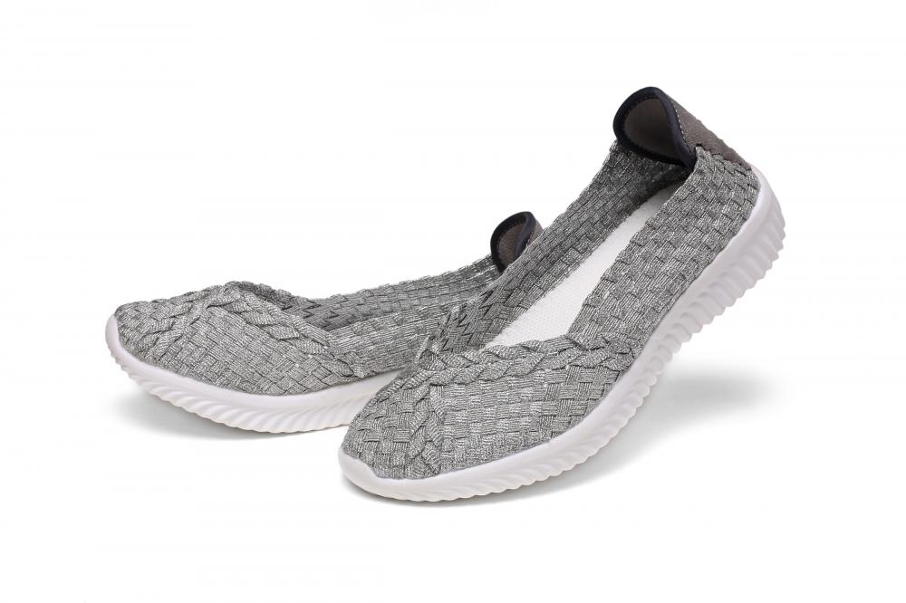 Pure Hand Casual Woven Pumps