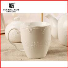 Taza de café de cerámica del diseño de la flor de la fábrica, taza de cerámica de la venta caliente, taza de la leche