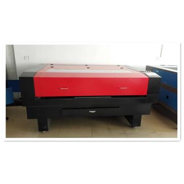Máquina automática de corte e gravação a laser para indústria têxtil