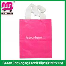 Logotipo personalizado que imprime bolsos polivinílicos flexibles sellados de la manija del lazo para empaquetar