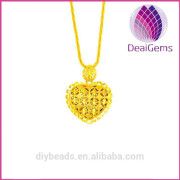 Heart Shaped Gold Plated Brass Jewelry Charm for Wholesale