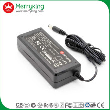 Netzadapter und Steckverbindung 14V 4A