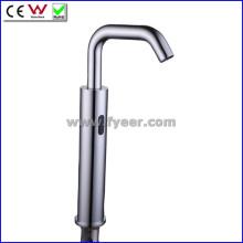 Frio apenas as mãos sensor livre torneira torneira da bacia automática (qh0148)