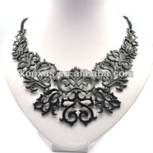 Retro black vintage chunky necklace