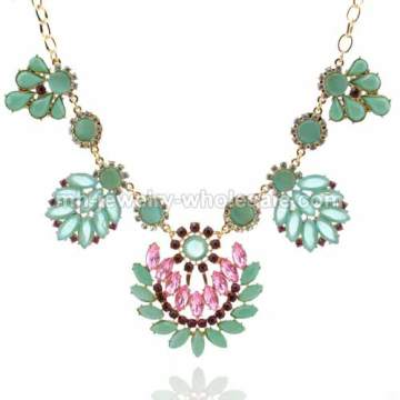 Leaf Shape Flower Resin Marquise Beads Chain Necklace For Beauty