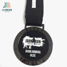 Productos más vendidos Medalla de metal de maratón de esmalte negro de aleación de zinc