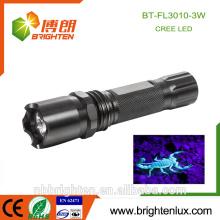 China Versorgung High Bright CE Rohs Aluminium-Legierung Blut Inspektion Lila Licht 3w Optische Macht uv Taschenlampe Urin-Detektor