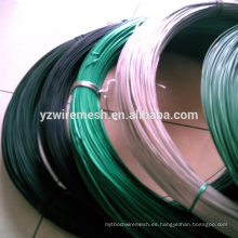 Hilos de hierro galvanizado recubiertos de PVC