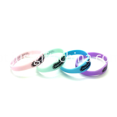Promotional Figured Printed Silicone Wristbands-202122mm1