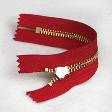 Big discounting for Brass Flat Teeth Zipper Brass No. 3 Red Zipper for Bag export to Spain Exporter