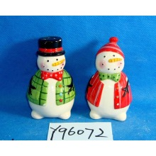 Ceramic Snowmen Salt and Pepper Shakers Set