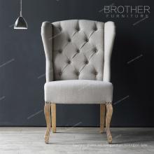 Trono del rey barato más popular 2017 con la silla de comedor del ala de Tufting