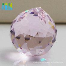 Bola cristalina tallada encanto que enciende el grano cristalino para las decoraciones de la boda