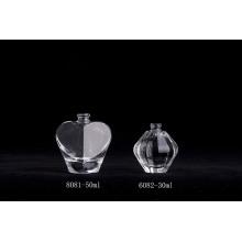 Garrafas de perfume de vidro transparentes especiais em forma de luxo de 50ml