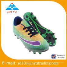 Beaux styles chaussures de football à bon prix