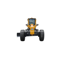Motoniveladora con motor CUMMINS