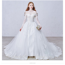 Overwhelming Exquisite top grade lace long sleeve V-line appliqued meimaid wedding gown TS152