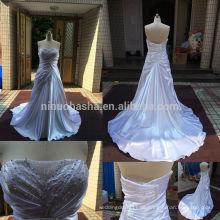 Stilvolle 2014 echte Foto trägerlosen langen Schwanz A-Linie Brautkleid mit Perlen gefalteten Akzent einzigartigen Satin Brautkleid NB0532