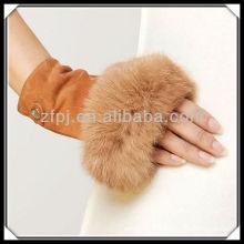 CCTV annonçait une gant de suède sans doigt de lapin