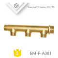EM-F-A081 Messing-Verbindungsrohrverschraubung Außengewinde 3-Wege-Wasserverteiler