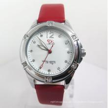 Frauen-neue Art-Legierungs-Uhr-Mode-preiswerte heiße Uhr (HL-CD038)