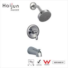 Haijun baño de la nueva llegada en grifo montado en la pared de la ducha termostática del cromo