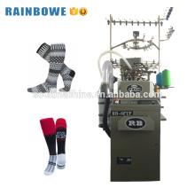 Alta capacidade única máquina de tecelagem de meias de cilindro automático usado meias de tricô zhejiang