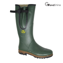 Wellington Rainboots with Adjustable Vamp Closure
