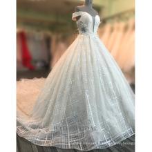 Sexy hors de l'épaule femmes robe de mariée en dentelle de champagne 2017