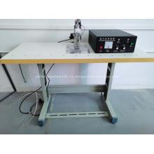 Máquina de fabricación de mascarillas planas de soldadura ultrasónica