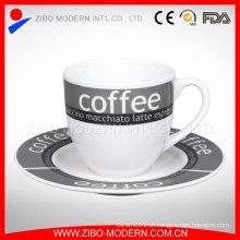 Copo de café cerâmico contratado Saucers Suit Creative Red Tea Mug