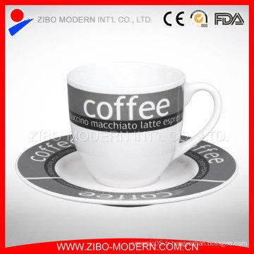 Tasse de café en céramique Tasse de soucoupes sous contrat Tasse de thé rouge créative