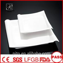 P & T usine de céramique plaques de porcelaine, plaques carrées, assiettes