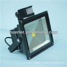 Chine usine 10w éclairage d'intempéries LED 100-240v 12-24v ip65 10-50w 10w lumière de crête led solaire avec capteur de mouvement pir