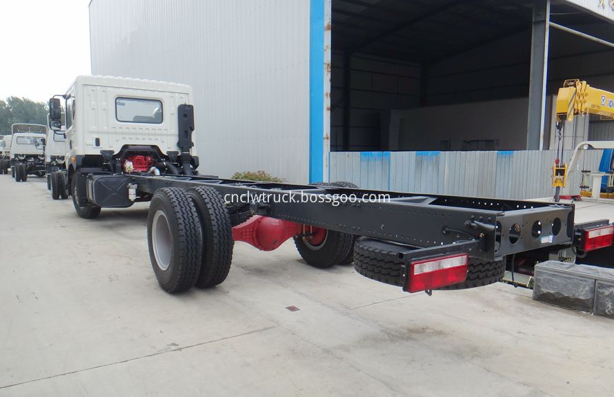 heavy duty recovery trucks chassis 3