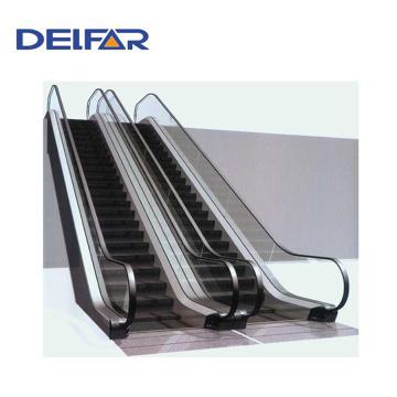Escalera móvil segura y mejor Delfar para uso público