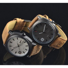 Yxl-377 Fashion Classic Quartz Mens Watch Curren Brand Montres Hommes Sport Leather Military Army Watches Wholesale